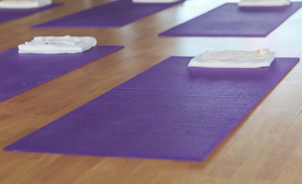 purple color yoga mat