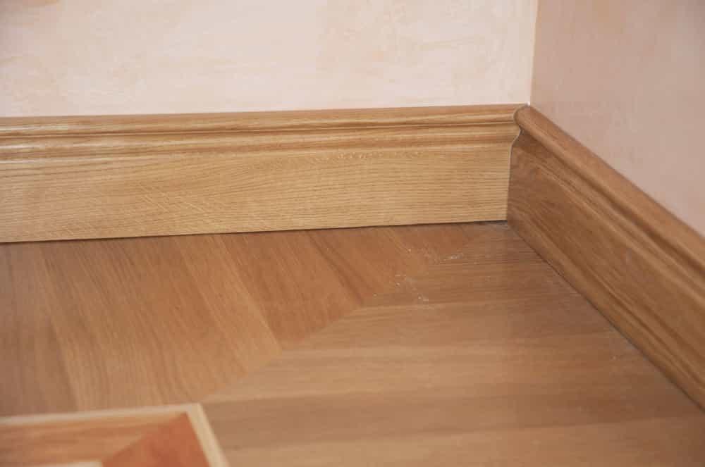 wooden floor skirting