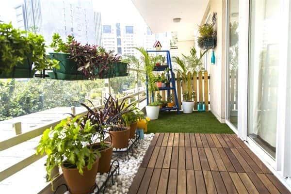 balcony artificial grass in Dubai
