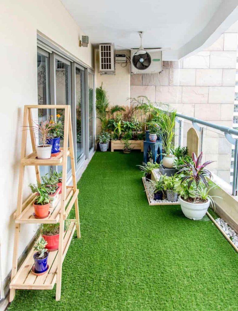 balcony garden with artificial grass