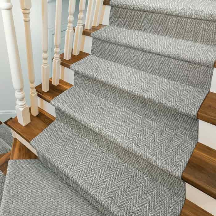 carpet for stairs in Dubai