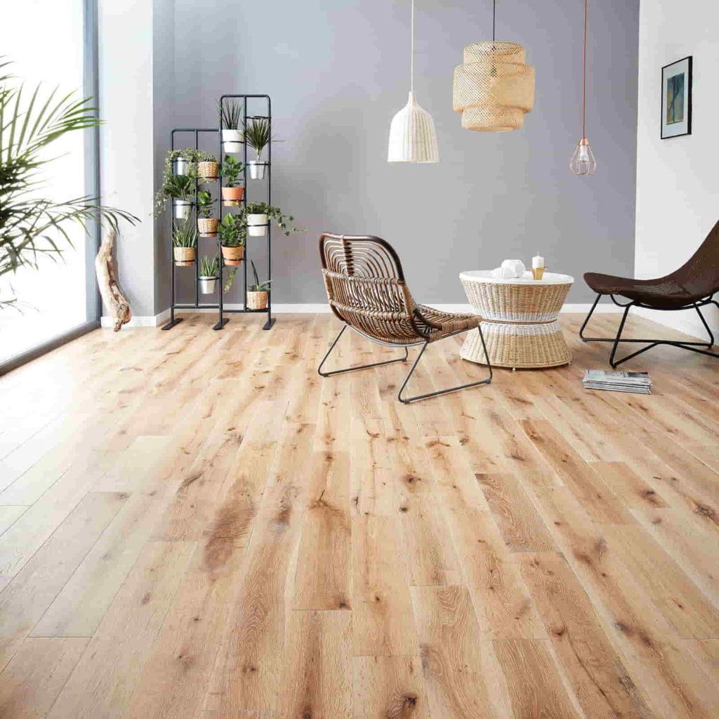 solid oak flooring in UAE